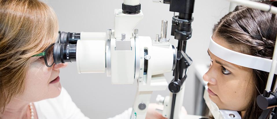 Safe eye testing advice for optoms