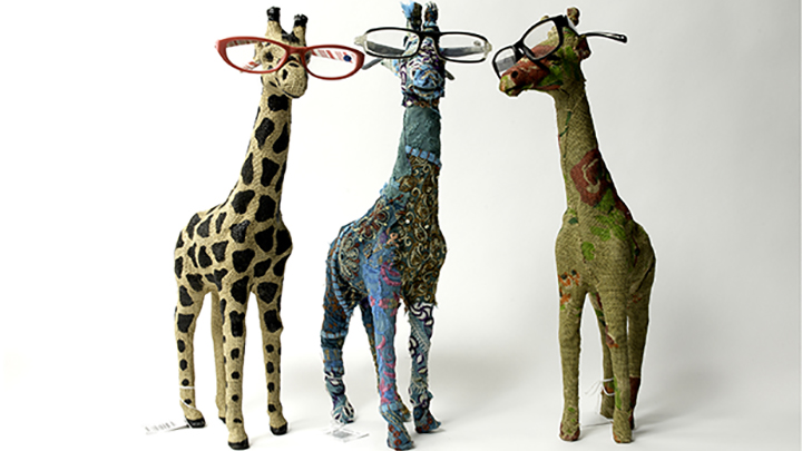 Optipets giraffe display models
