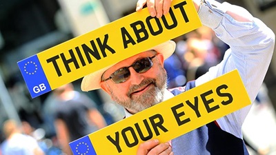 Essilor 'Think about your eyes campaign'