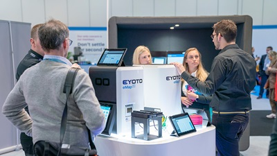 Eyoto stand at 100% Optical