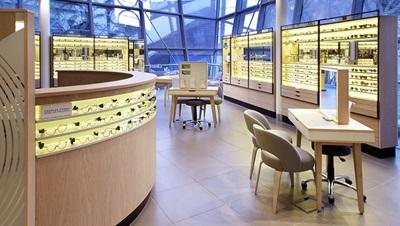 Luxottica store
