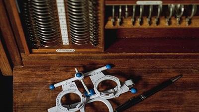Aperture glass lens trial set