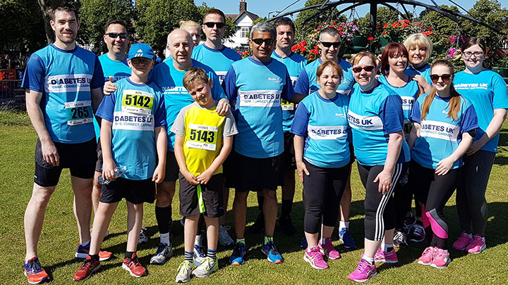 Practitioners and support staff take part in charity run for Diabetes UK