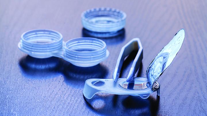 Contact lens equipment
