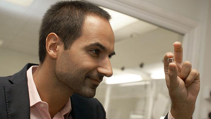 Nova Optiforum's orthoptist, Andre Goncalves