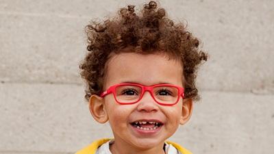 Child model wearing Zoobug glasses