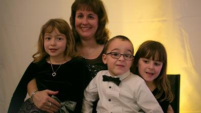 Angela Marshall and children