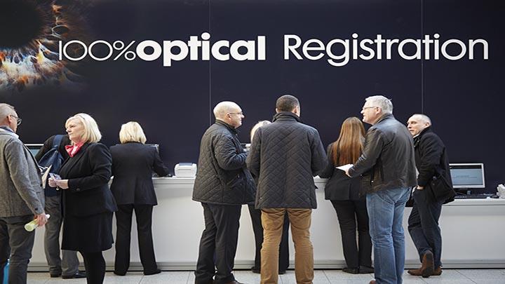100 Optical% registration desk