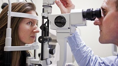 Eye exams can help reengage people with chronic conditions