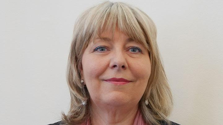 Lynda Oliver