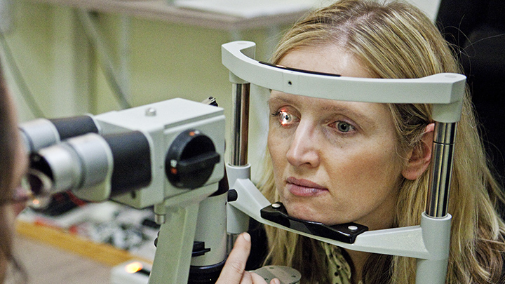Undersupply of UK optometrists suggested in new survey