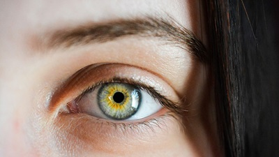 A girls eye