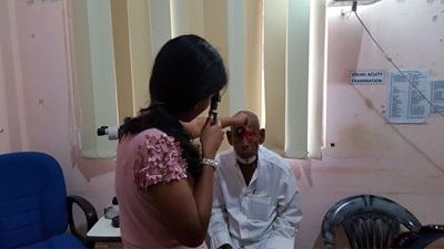 Sight test in Sri Lanka