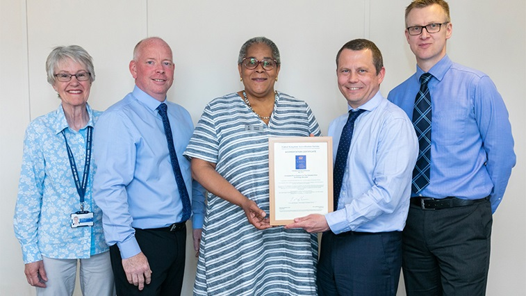 Outside Clinic receives the IQIPS standard