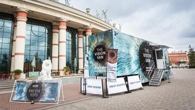 Vision Express Vision Van stand