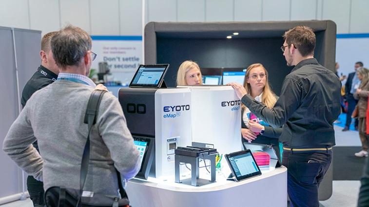 Eyoto stand at 100% Optical
