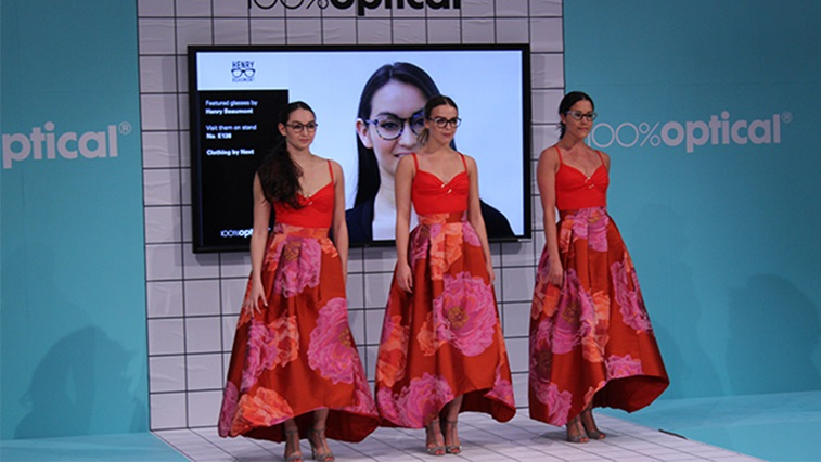 100% Optical catwalk show
