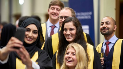 College of Optometrists recognises optometrists at annual ceremony