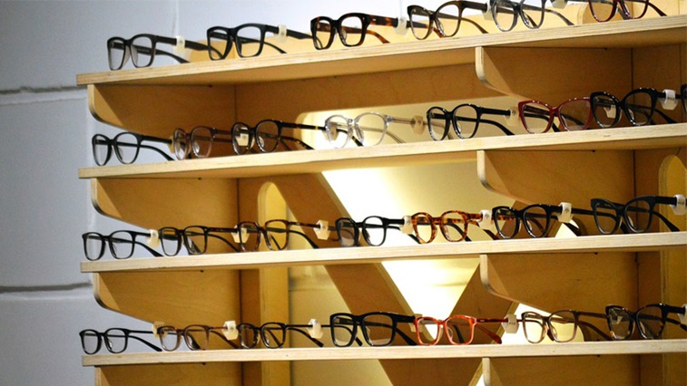 Rack of spectacles