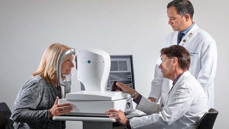 Patient having an OCT scan