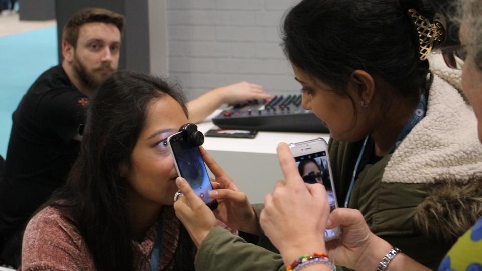 testing the Peek Retina