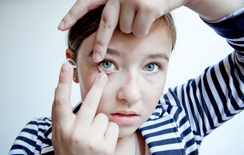 putting contact lenses in