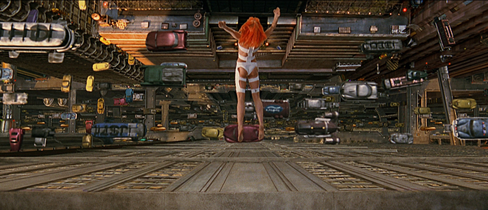 A still from The Fifth Element (1997)